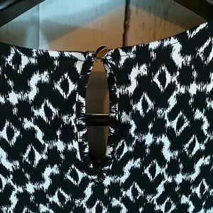 Daisy Fuentes Dresses - black and white dress NWT holiday party Medium